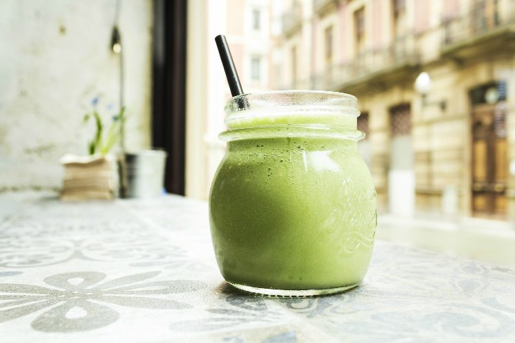 New Year, New Parties and a green smoothie recipe to boot!