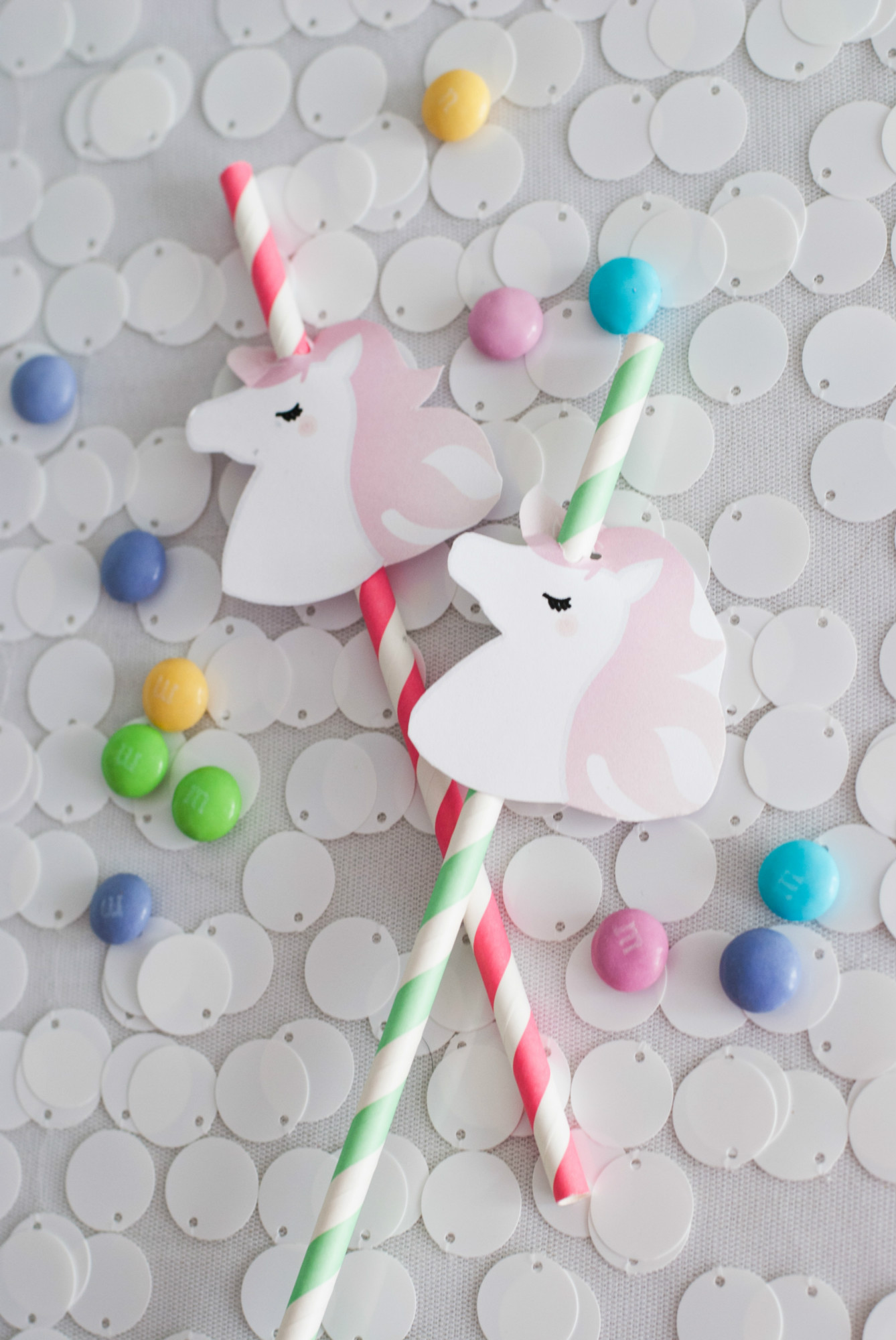 Unicorn straws from Magical Unicorn Party | Black Twine | Itsy Belle Studio