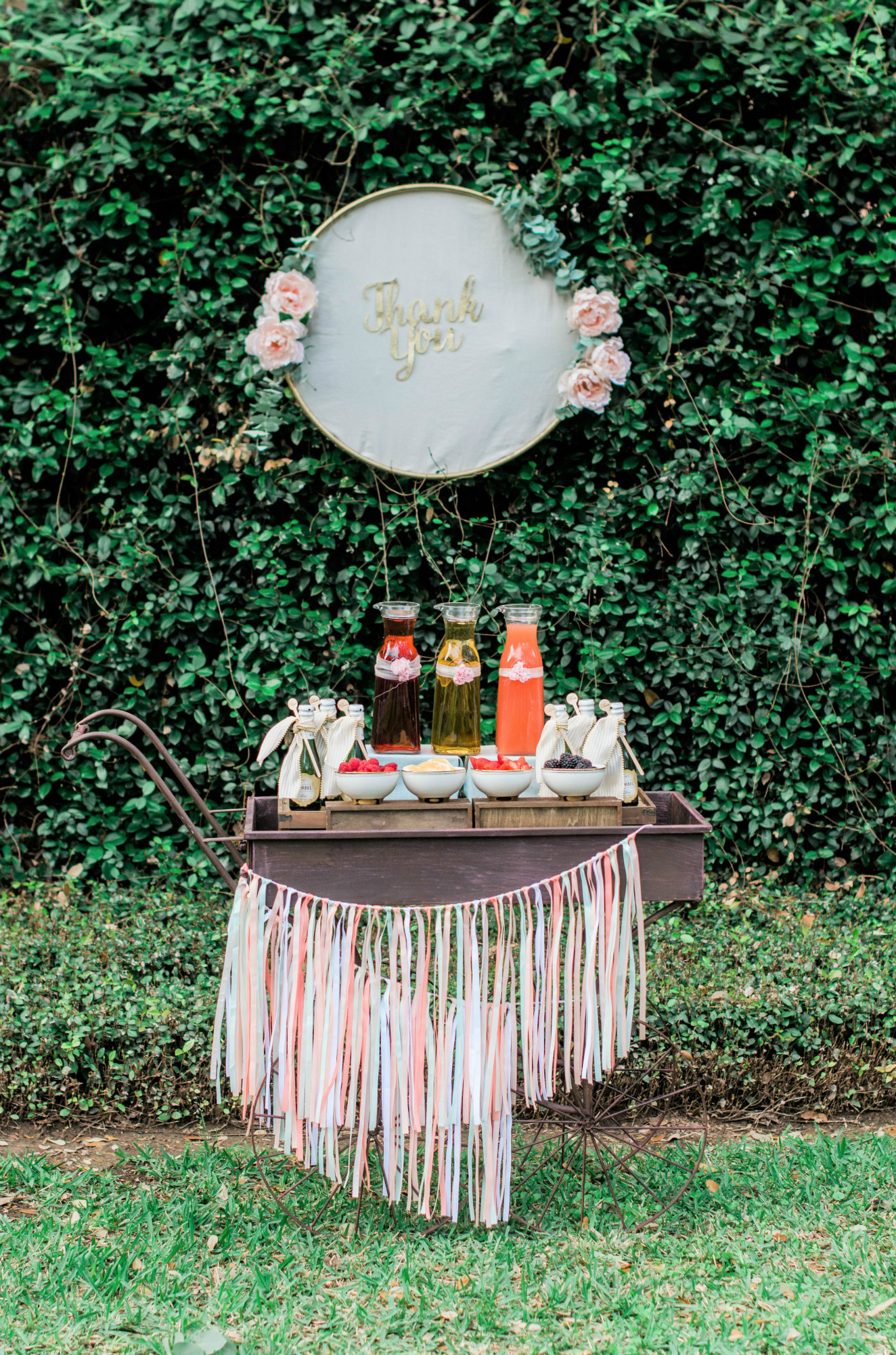 Whimsical Mimosa Bar | Black Twine | Mint Event Design