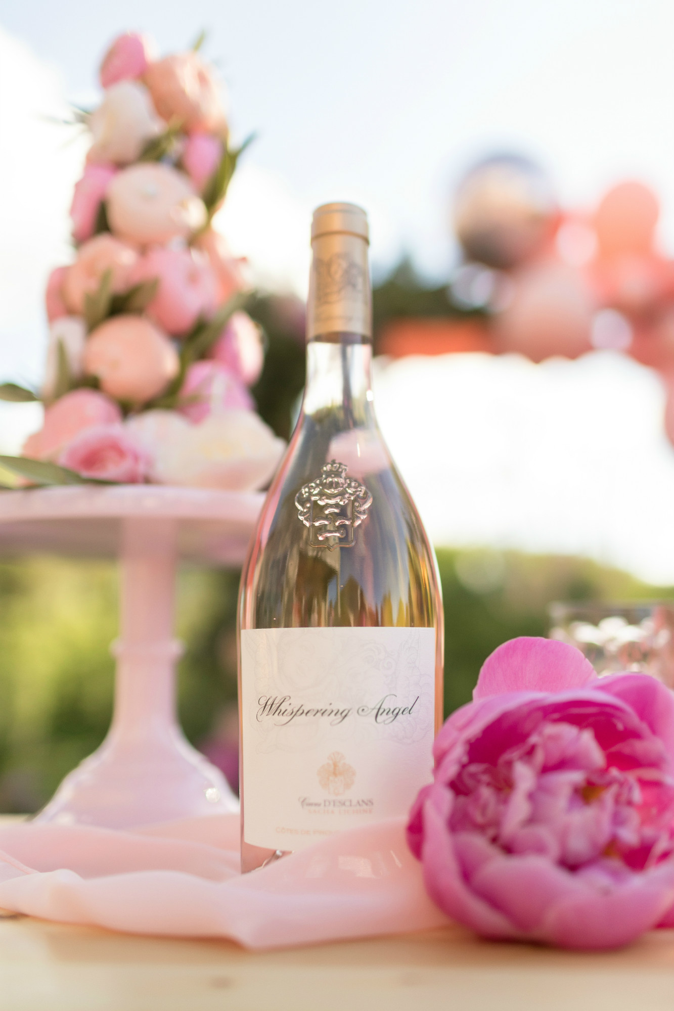 Whispering Angel Rose from One Stylish Party's Rose All Day Dinner Party | Black Twine