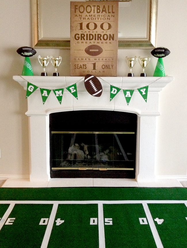 Game Day garland and turf from Football Party by BellaGrey Designs | Black Twine