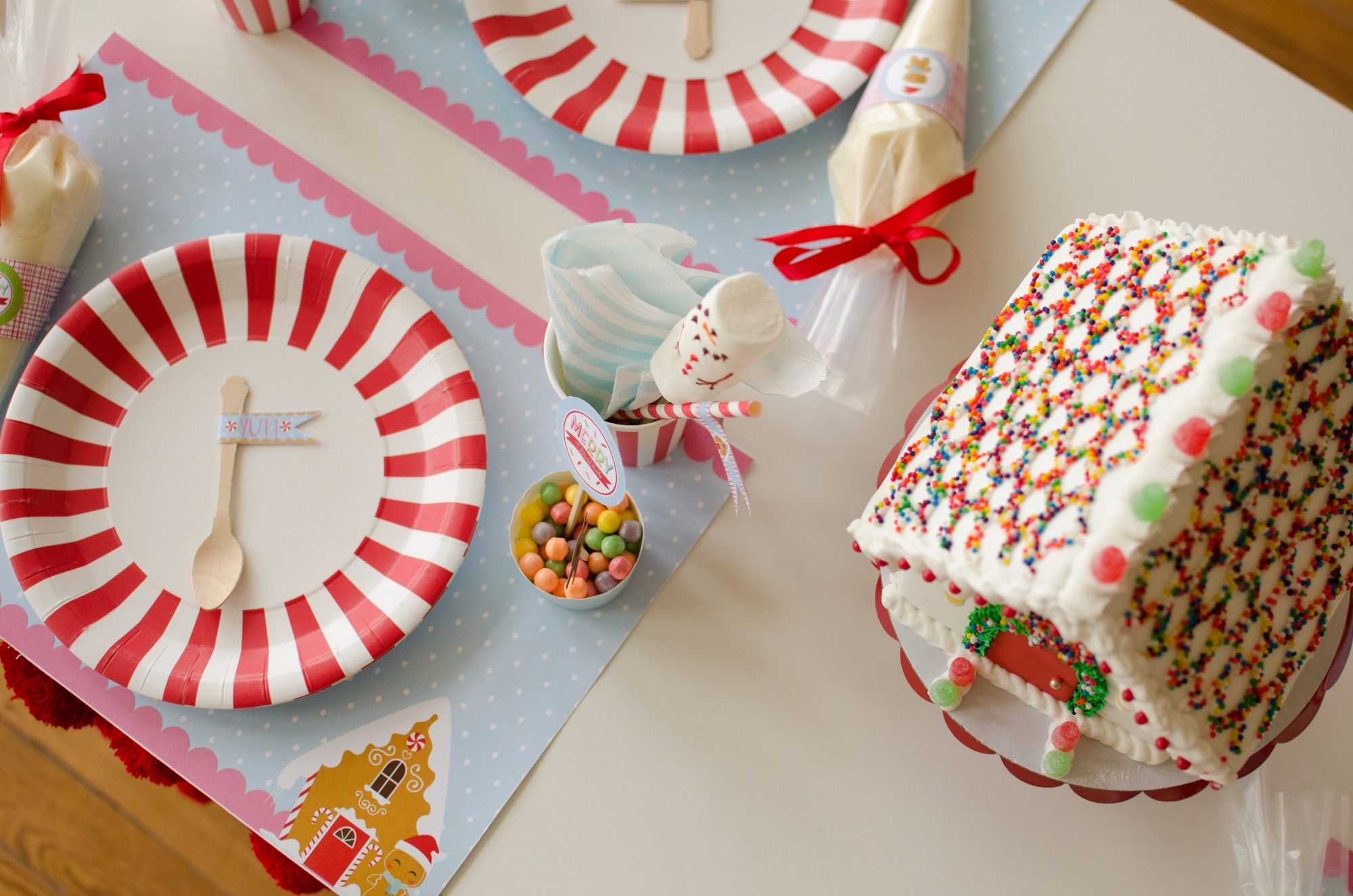 Place Setting from Cookies for Santa Party by Mint Event Design | Black Twine