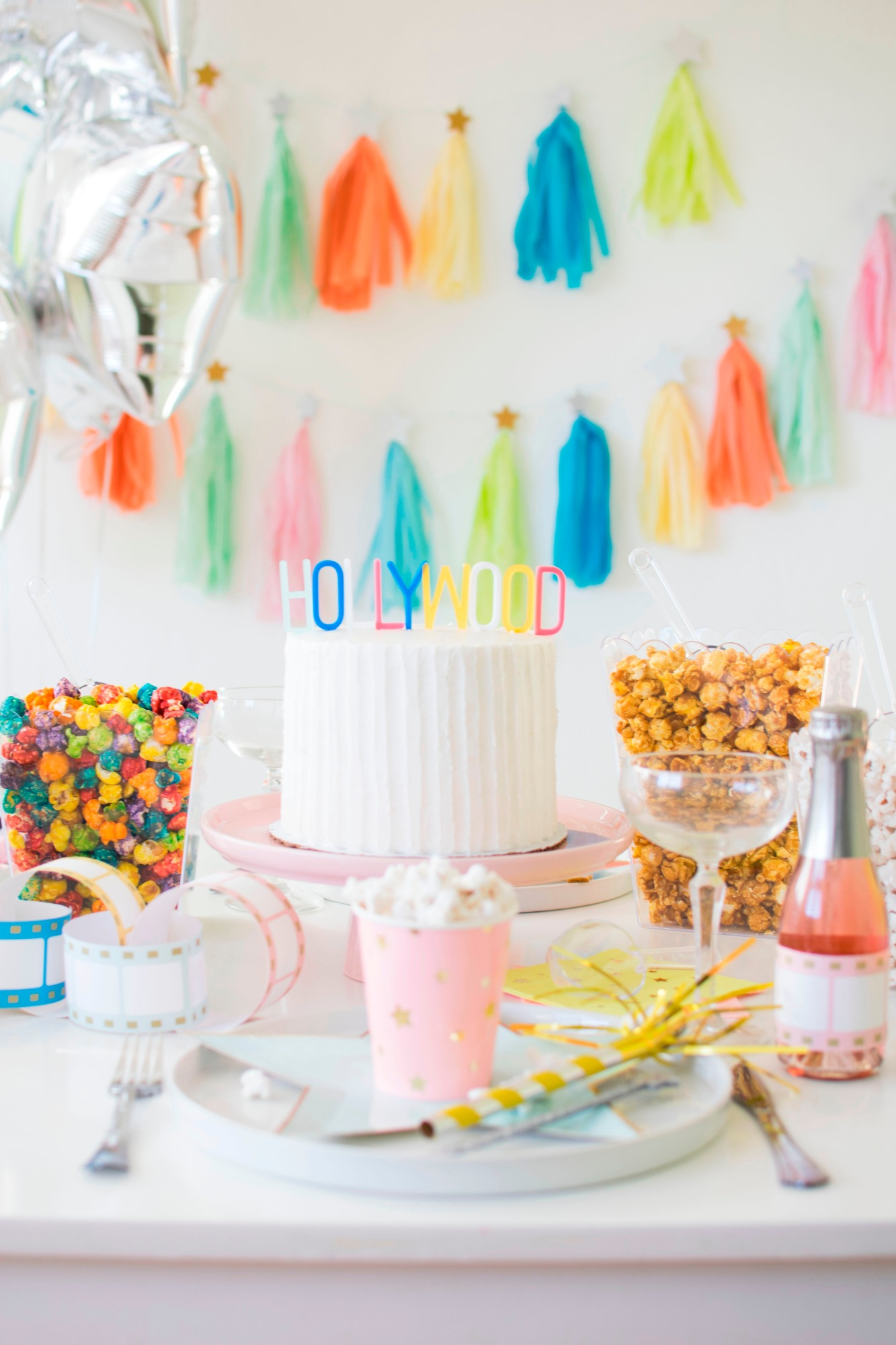 Hollywood Cake | Hollywood Glamour Party Styled by Twinkle Twinkle Little Party | Black Twine