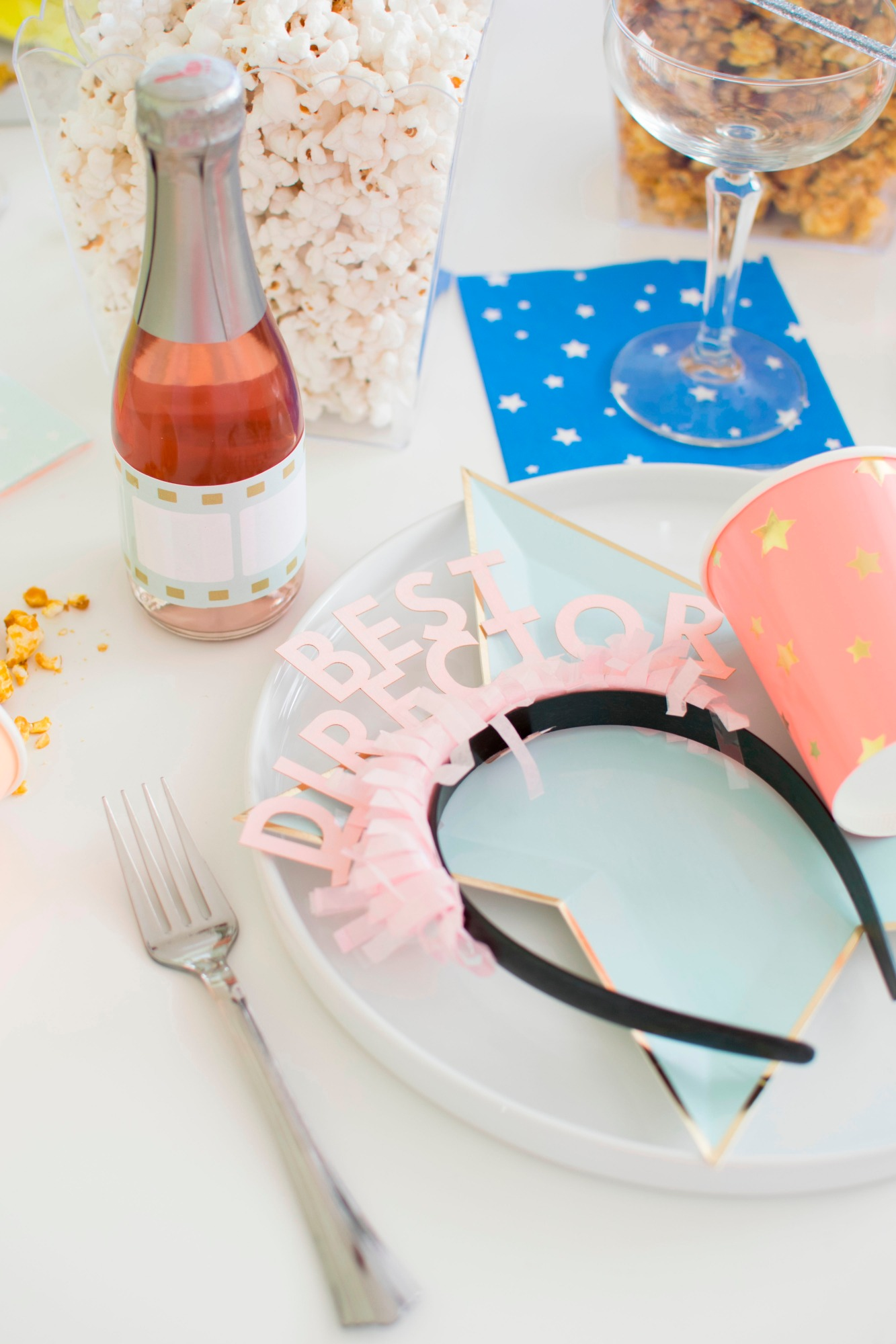 Party Headband & Place Setting | Hollywood Glamour Party Styled by Twinkle Twinkle Little Party | Black Twine
