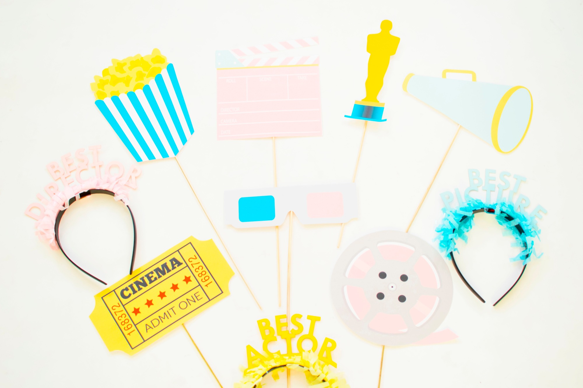Movie Photobooth Props (Part 1) by Twinkle Twinkle Little Party