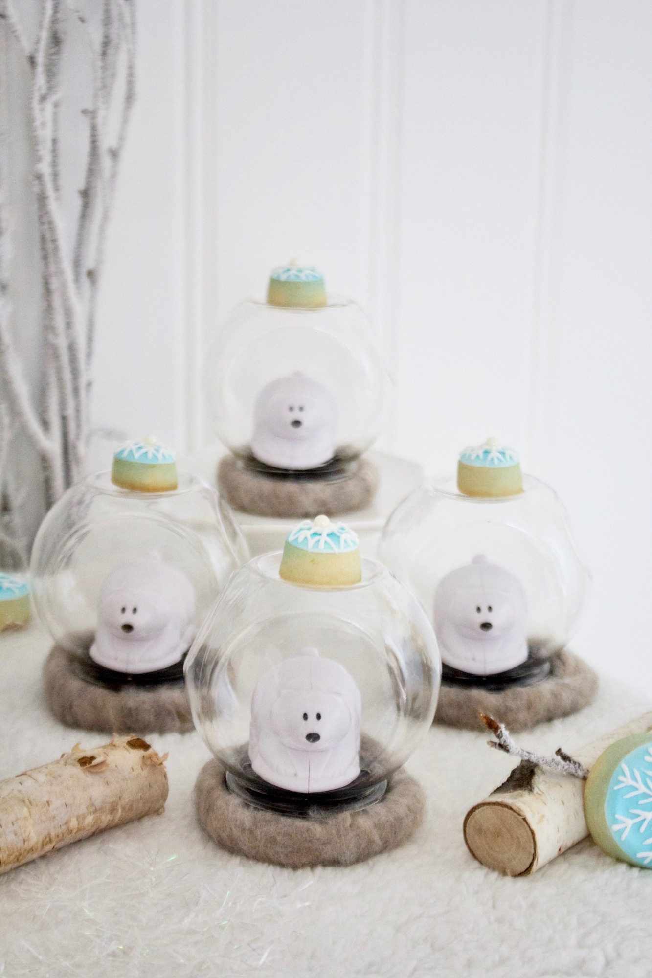 Polar Bear Snow Globes from Winter ONEderland Birthday Party by Jen T by Design | Black Twine