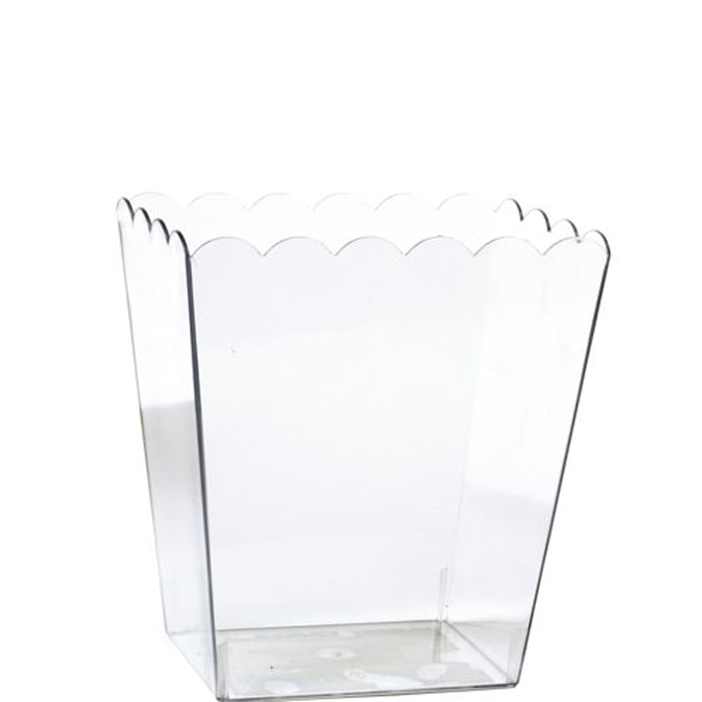 Small Clear Plastic Scalloped Container from Party City