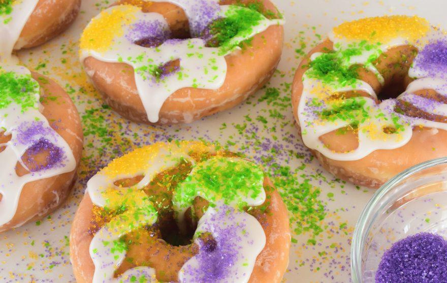 No-Bake Mardi Gras King Cake