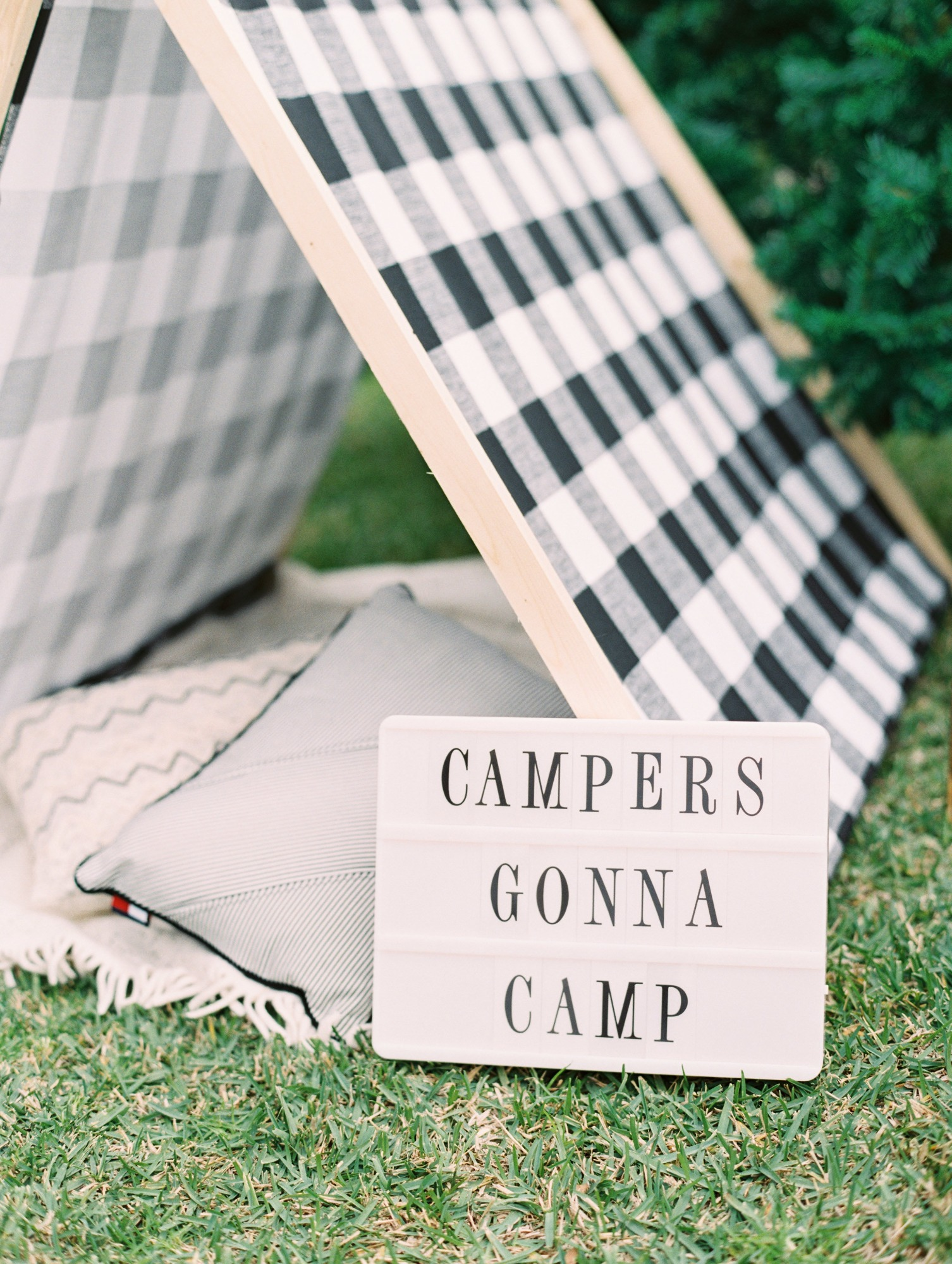 Campers Gonna Camp Letter Board and Tent from Classic Camping Party Styled by Deets & Things | Black Twine