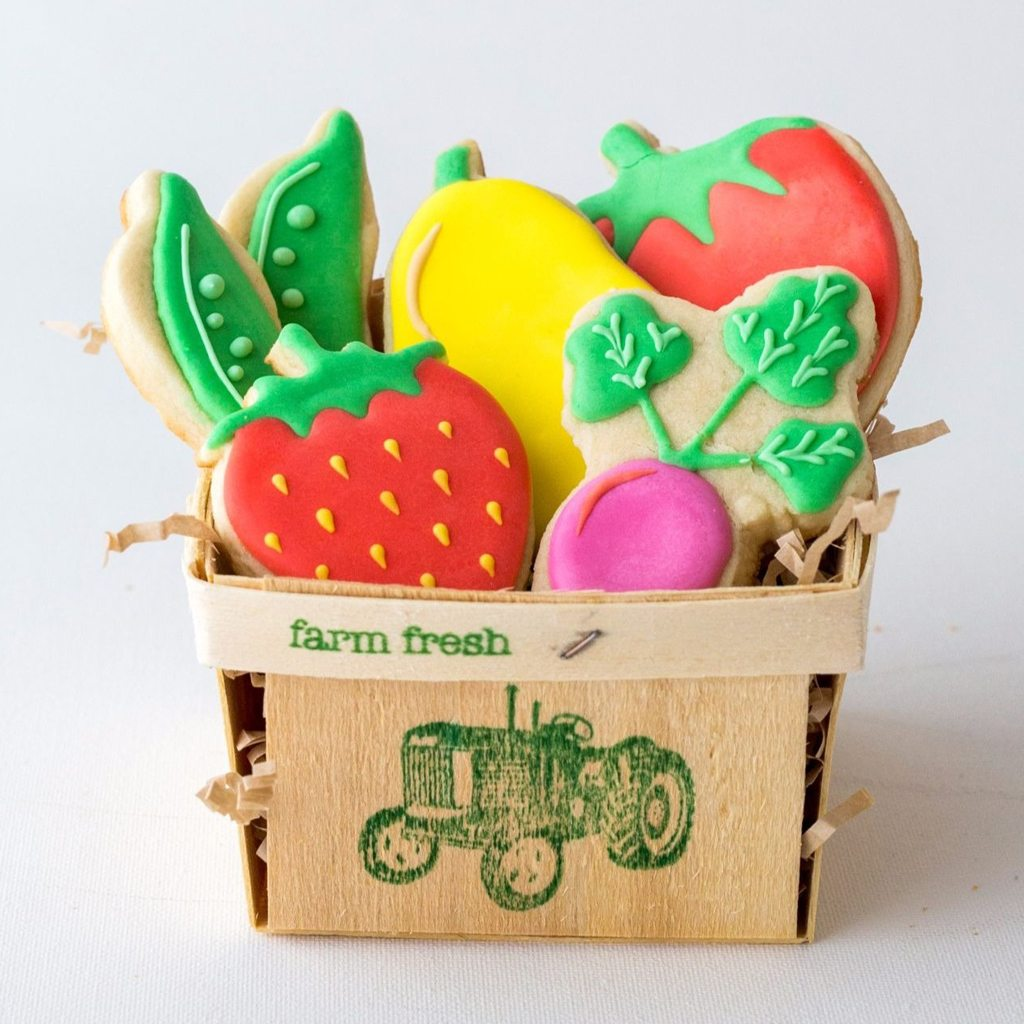 Farm Fresh Wooden Berry Baskets - CMWrapNShipSupply