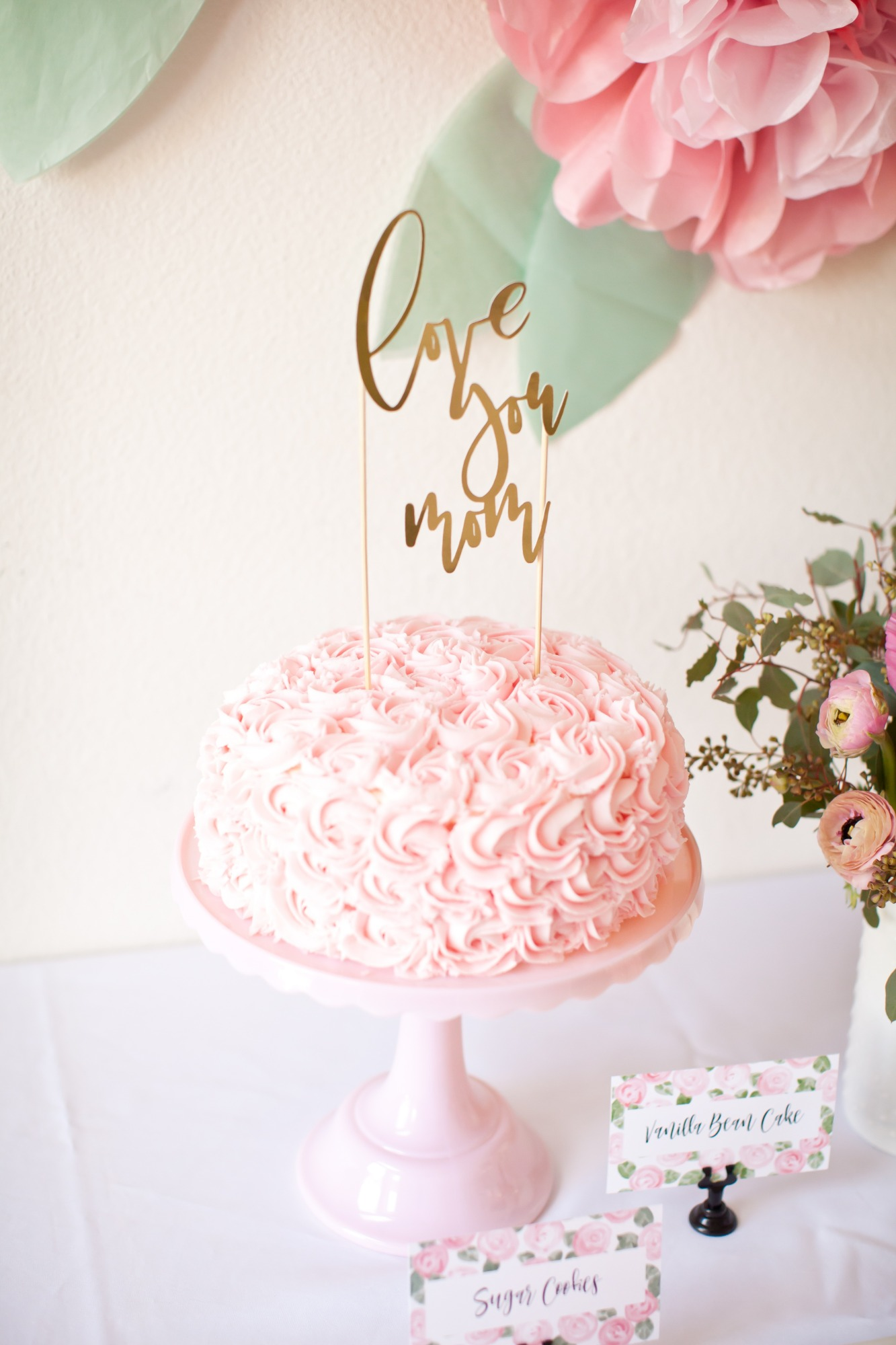 Cake & Cake Topper from Mother's Day Brunch Styled by Kiss Me Kate Studio | Black Twine