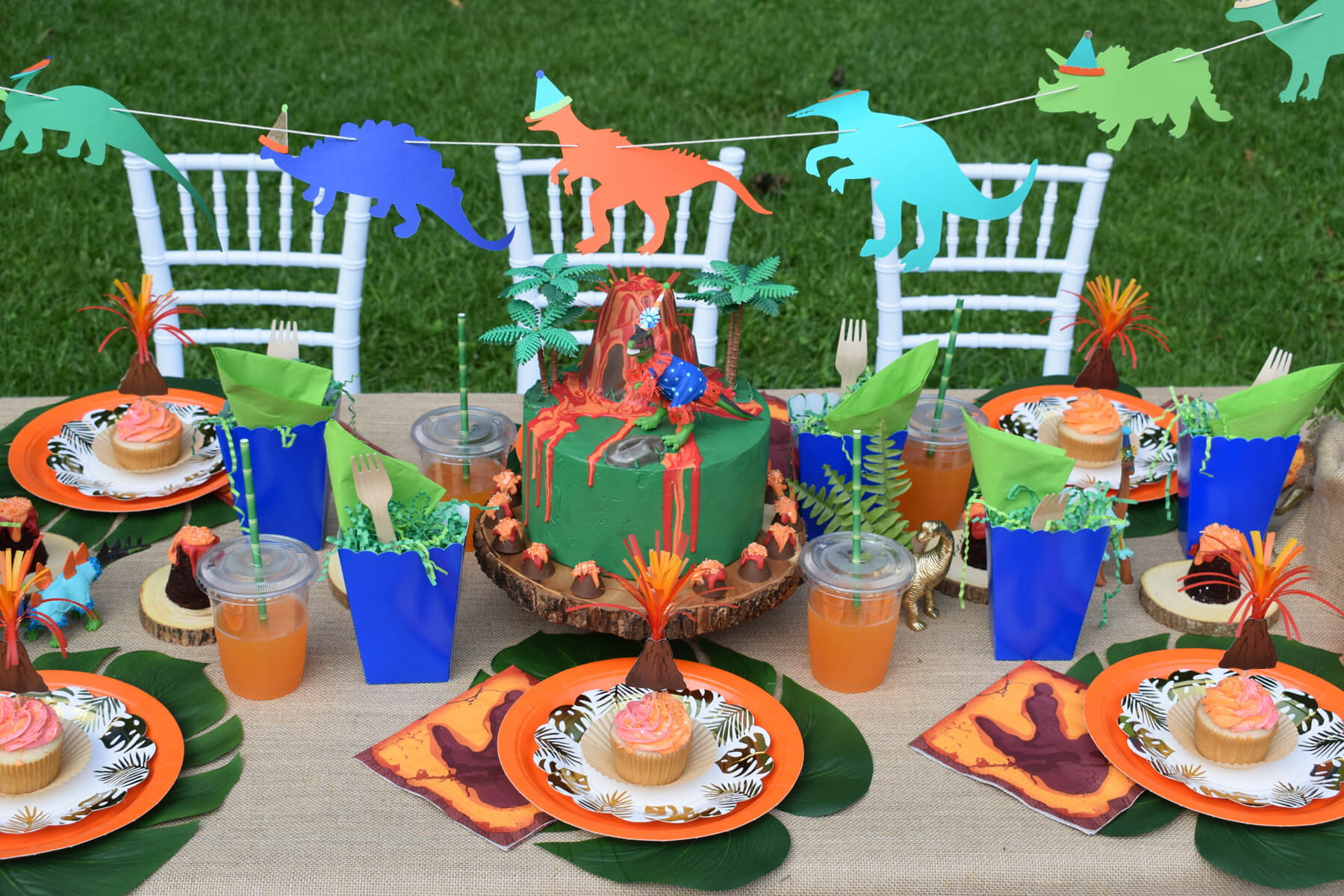 Place Setting from Dinosaur Stomp Birthday Party styled by A Party Made Perfect | Black Twine