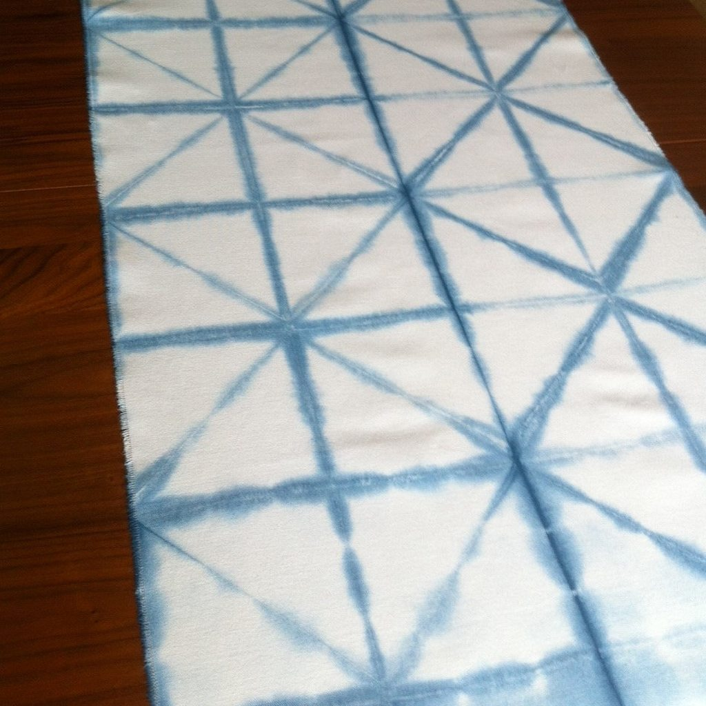 Shibori Tablerunner by Izzy and Piper