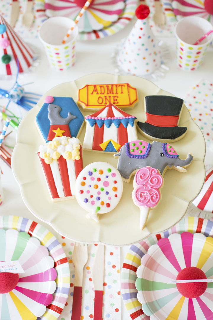 Circus Cookies from Circus Animal Parade Party styled by Twinkle Twinkle Little Party | KikiBoxes | Black Twine