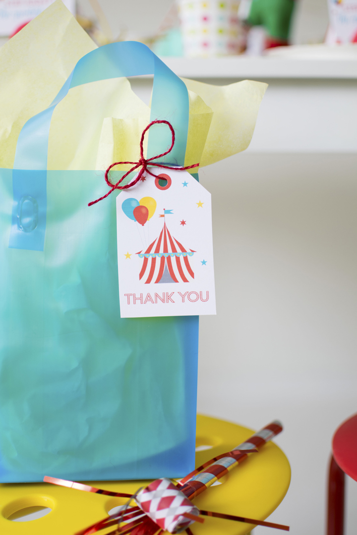 Favor Bags from Circus Animal Parade Party styled by Twinkle Twinkle Little Party | KikiBoxes | Black Twine