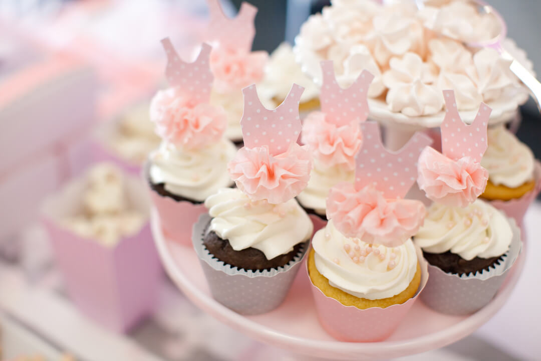 Cupcakes from Ballet Party Styled by Kiss Me Kate Studio | Black Twine