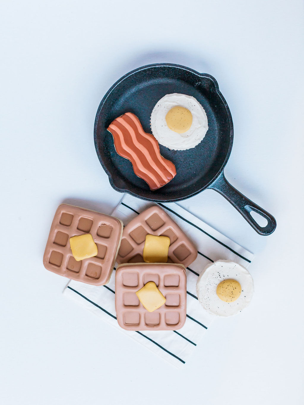 Clay Pancakes Skillet from Kids Birthday Brunch Styled by Deets & Things | Black Twine