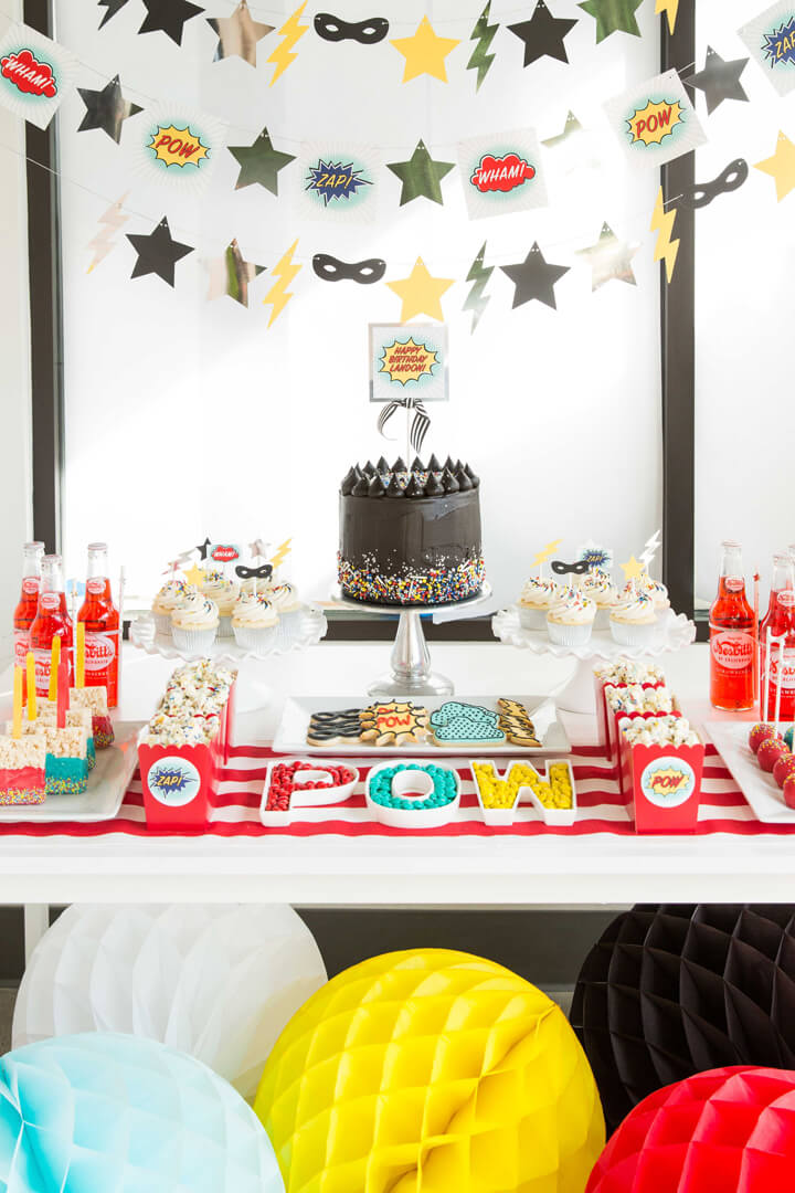 Place Setting with Honeycombs from Superhero Party by Kiss Me Kate Studio | Black Twine